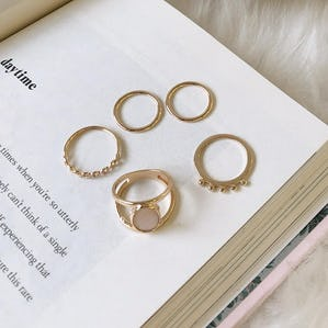 white stone ring set
