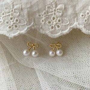 pearl cherry  earring