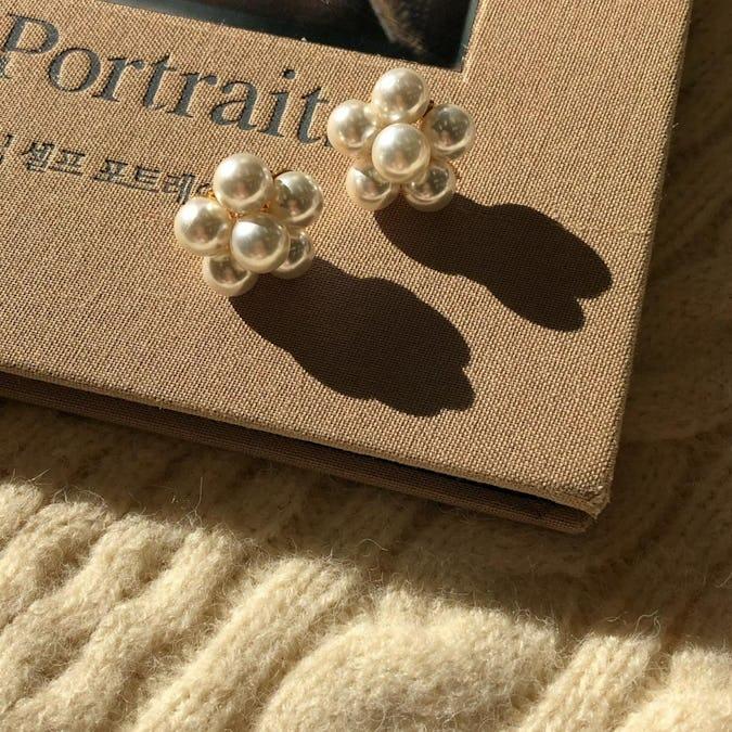puchi puchi pearl earring