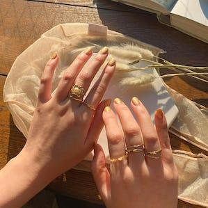 simple gold leaf ringset