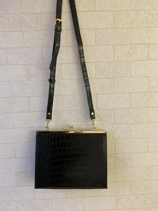 croco pattern hand bagの画像13枚目