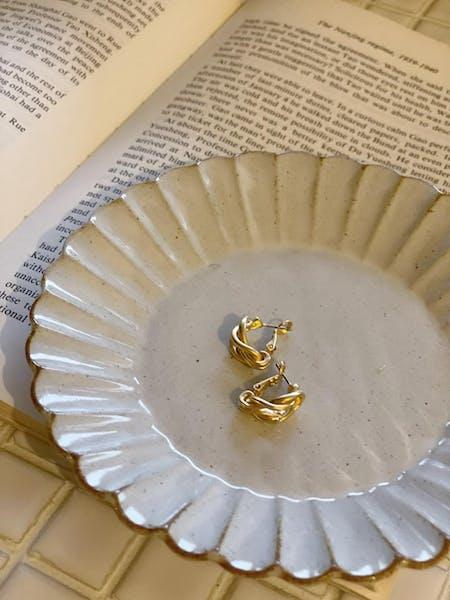 mini gold pierceの画像1枚目