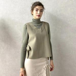 power shoulder turtle knit
