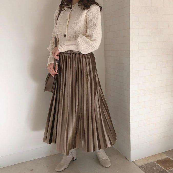 シンプルベロアプリーツスカート