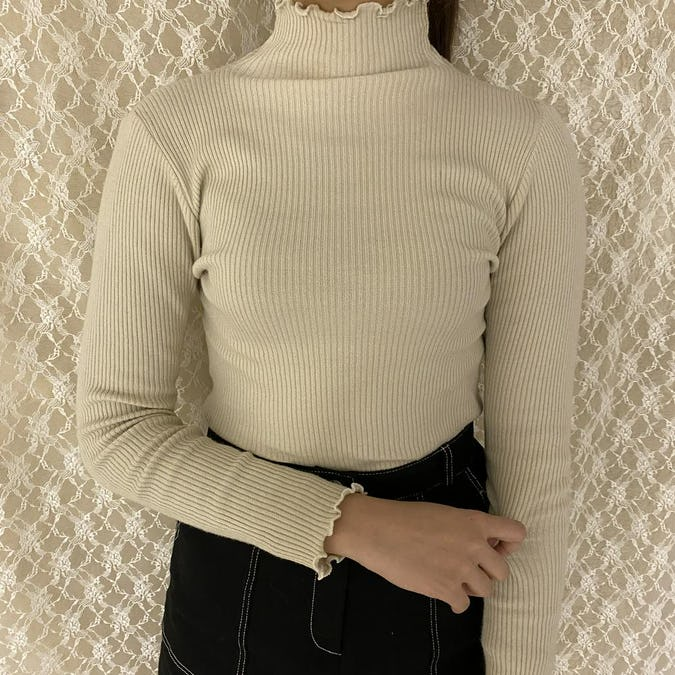 frill neck knit-0