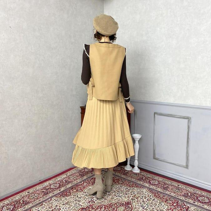 イレギュラーヘムプリーツスカート