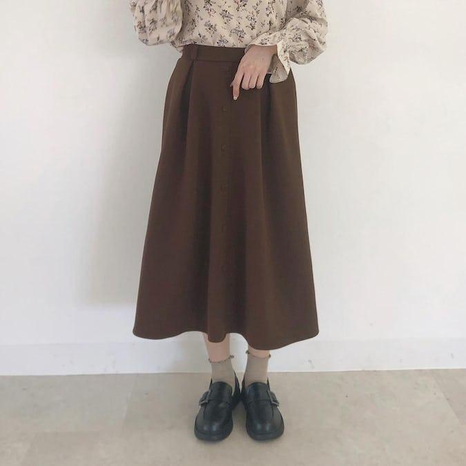 フロントボタンフレアスカート
