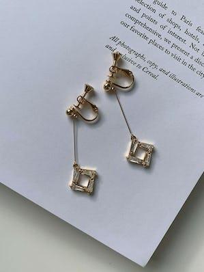 daiya earring