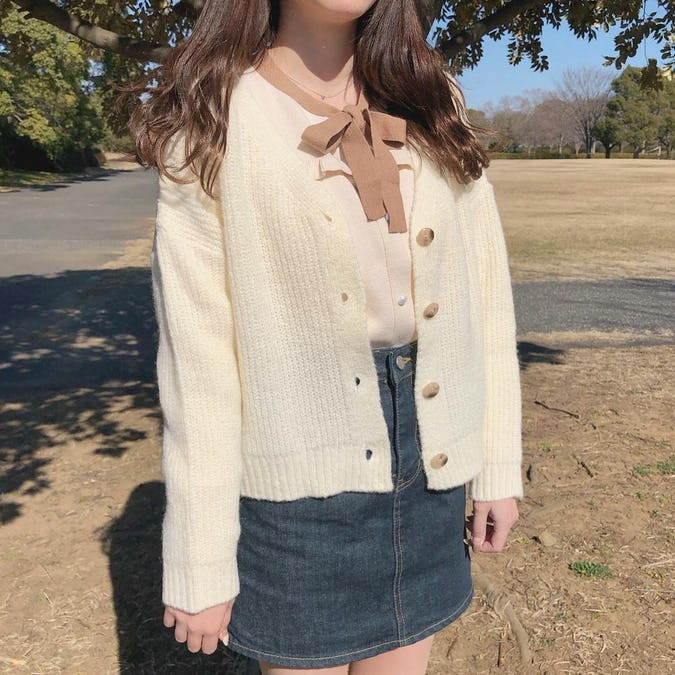 girly milk cardigan