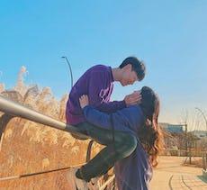 韓国カップルに学ぶ♡ラブラブポーズのインスタ映えな写真の撮り方