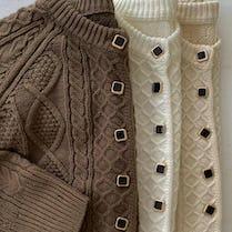 vintage button knit
