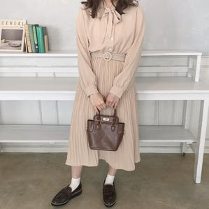 【順次発送 3/26〜】ガーリーリボンタイワンピース