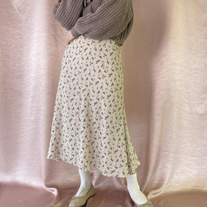 puchi flower skirt    (cream/black)-0