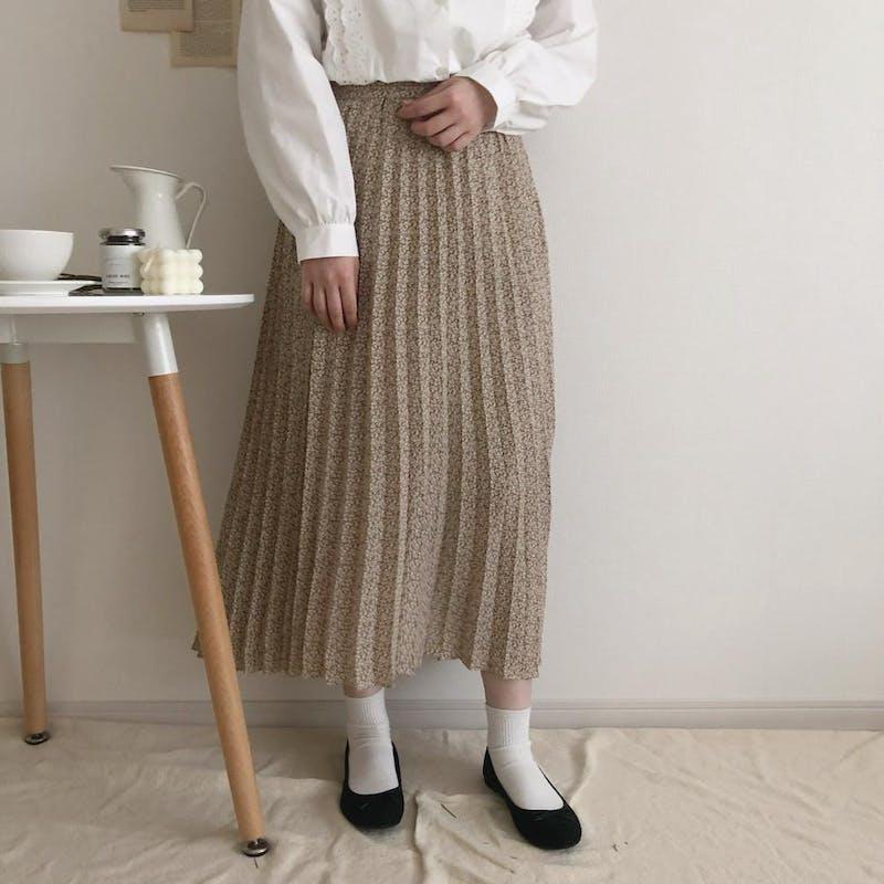 レトロフラワープリーツスカートの画像1枚目