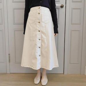 ステッチボタンスカート