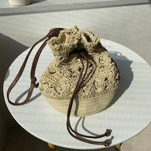 透かし編みショルダーバッグ