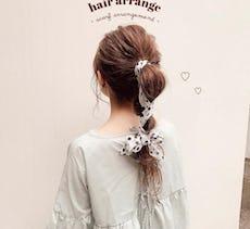 セルフヘアアレンジでしっかり可愛い♡清潔感も可愛さもGETの梅雨まとめ髪