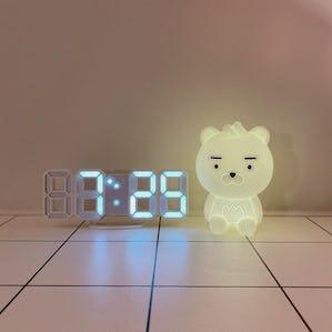 オルチャン部屋のデジタル時計