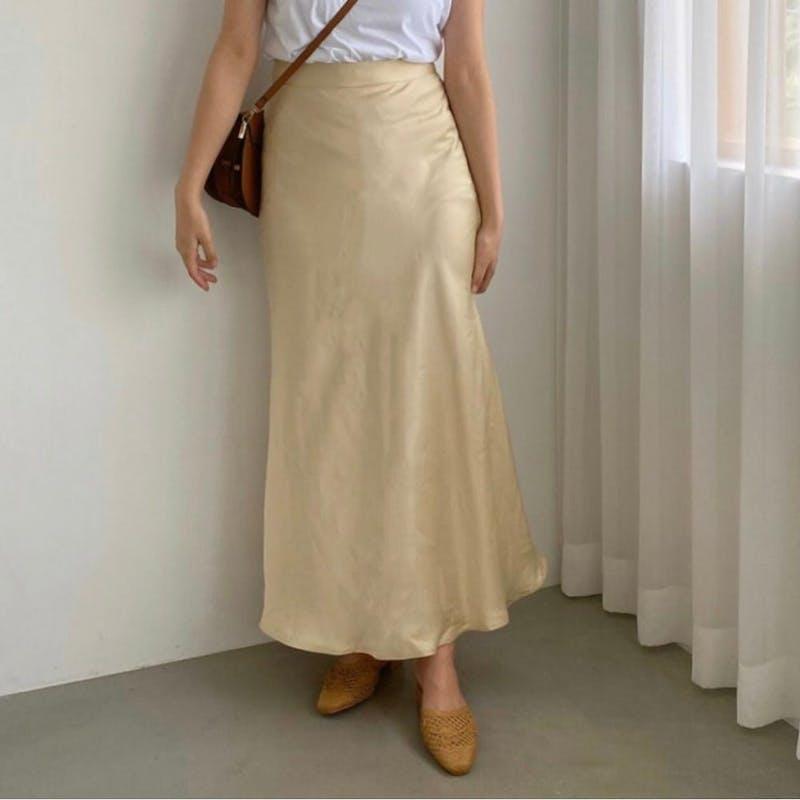 サテンロングスカートの画像2枚目