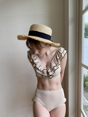 frill piping swimwear