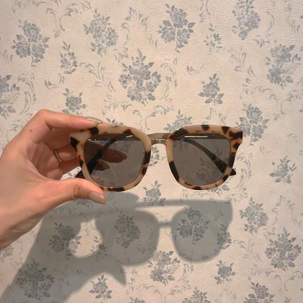leopard sunglassesの画像1枚目