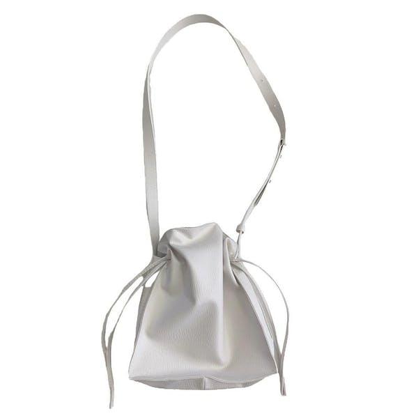 milk shoulder bagの画像1枚目