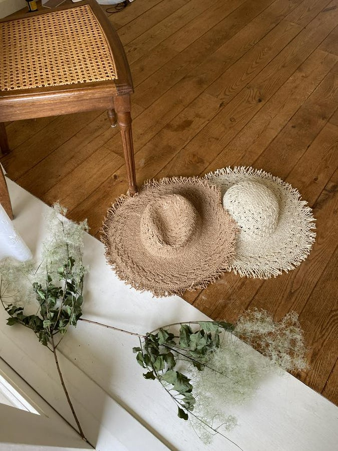 beach straw hat