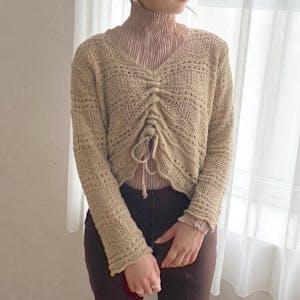 フロントシャーリング透かし編みニット
