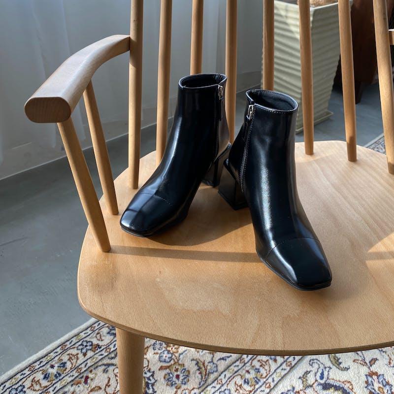 square toe bootsの画像1枚目