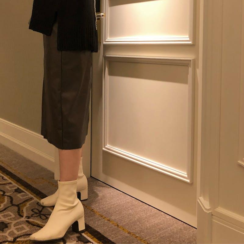 レザータイトスカートの画像3枚目
