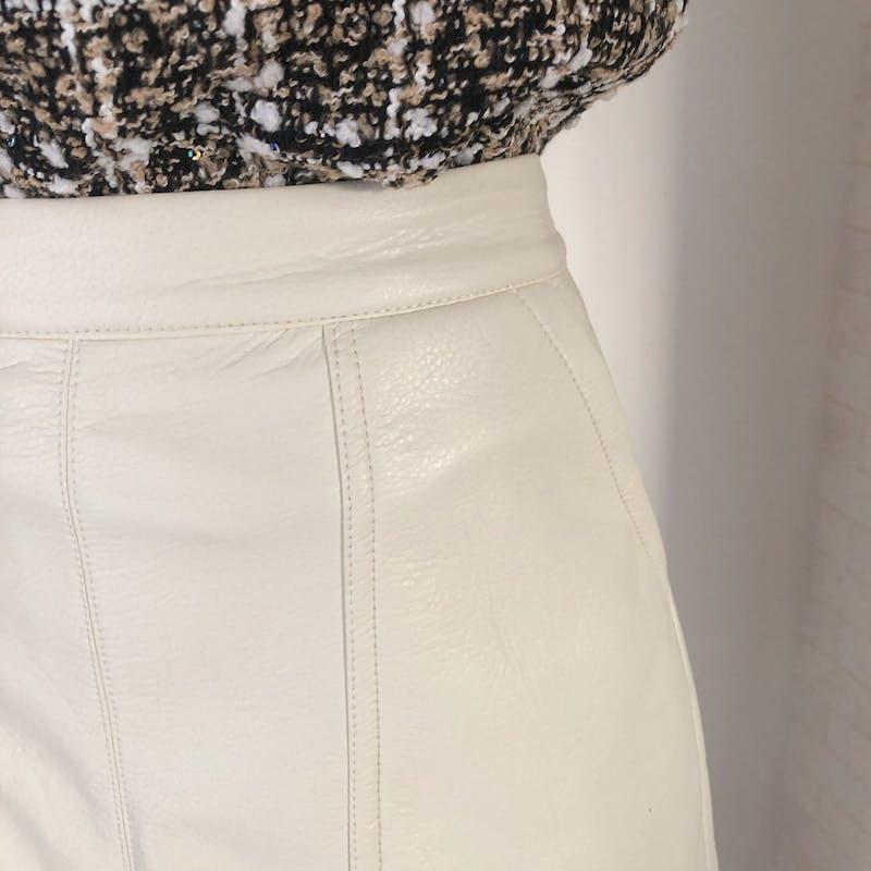 ホワイトレザースカートの画像12枚目