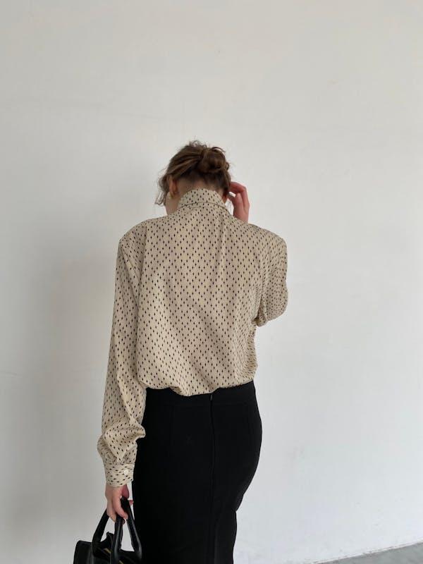 unbalance shirt blouseの画像2枚目