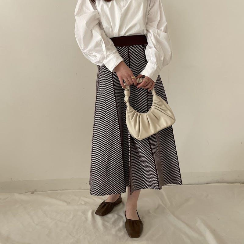 ヘリンボーンフレアスカートの画像2枚目