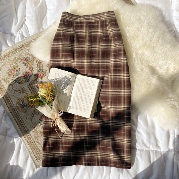 ブラウンチェックタイトスカートの画像1枚目