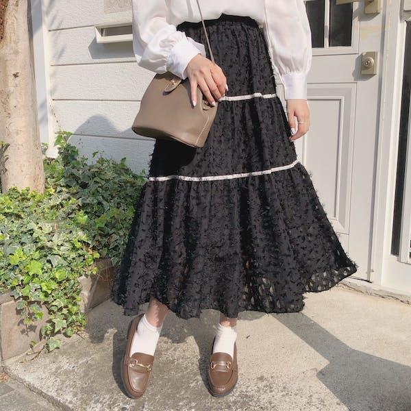 モノフェザースカートの画像1枚目