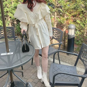 frill cape blouse