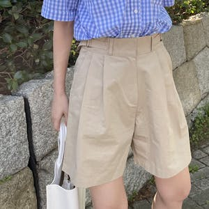 belted short pants