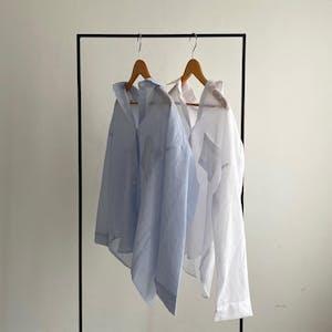 デイリーストライプシャツ