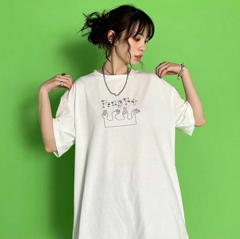 平和Tシャツ by RUKOの画像1枚目