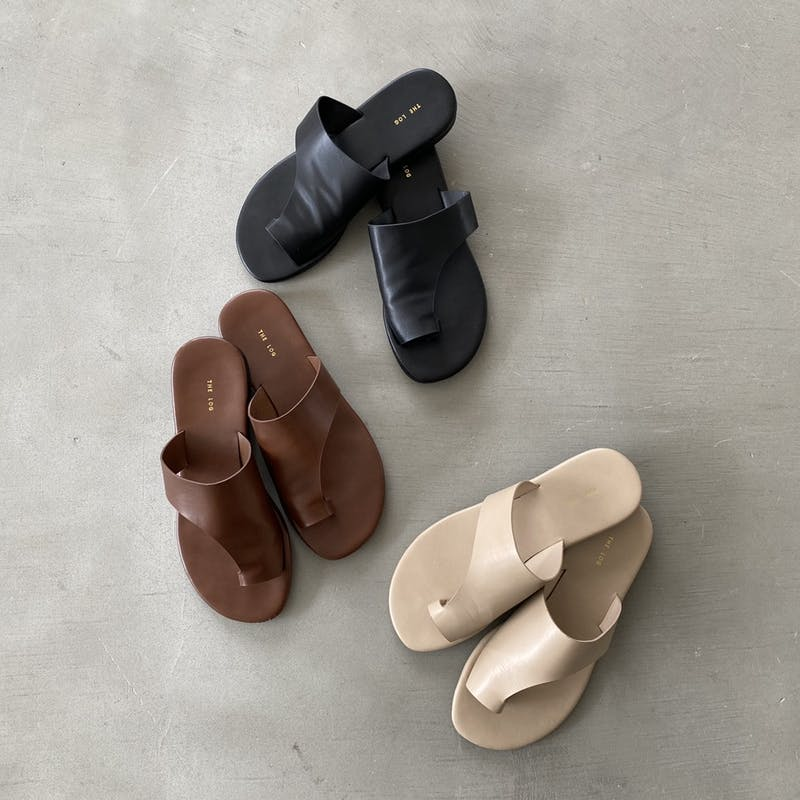 simple thongs sandalの画像1枚目
