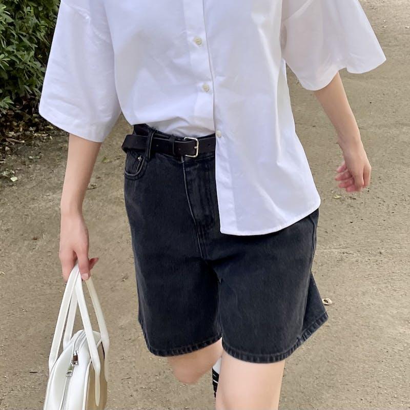 black denim shortsの画像1枚目
