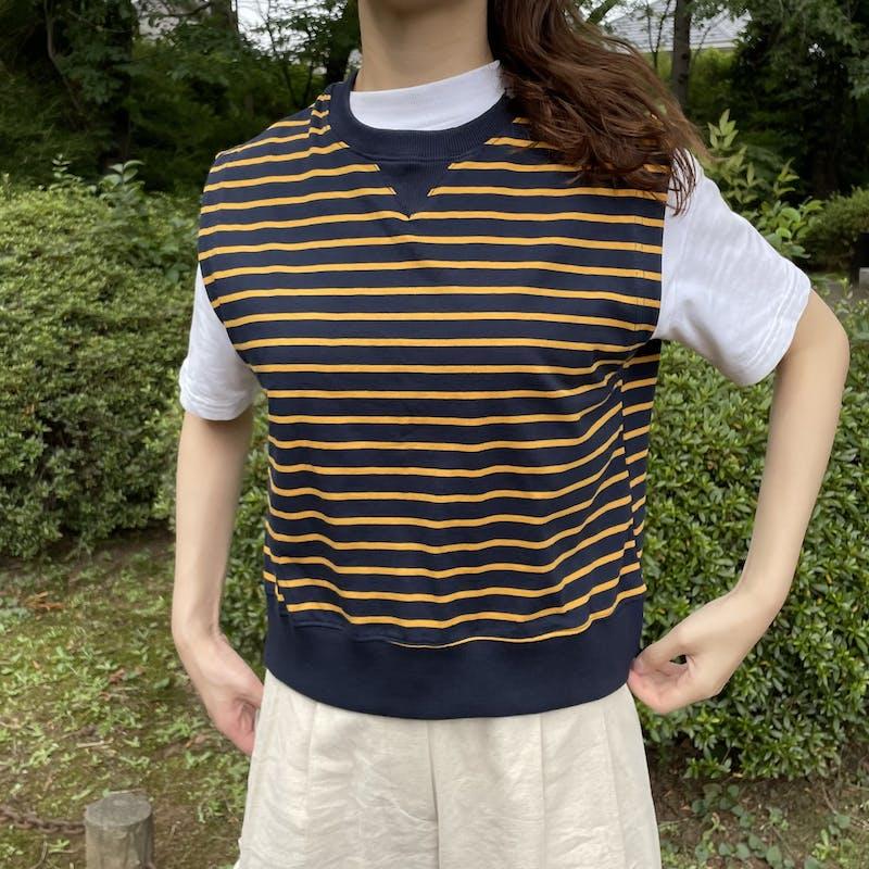striped vestの画像1枚目