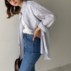 over size stripe shirt