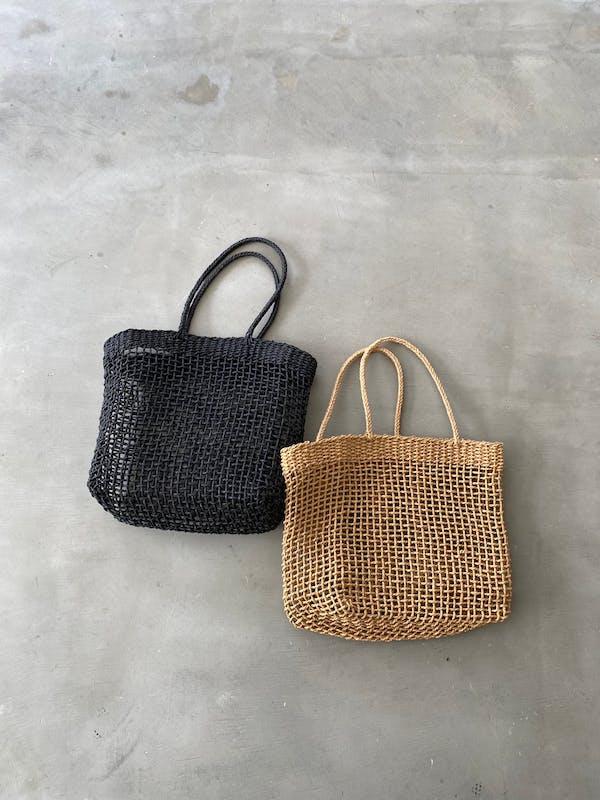 rattan basket bagの画像1枚目