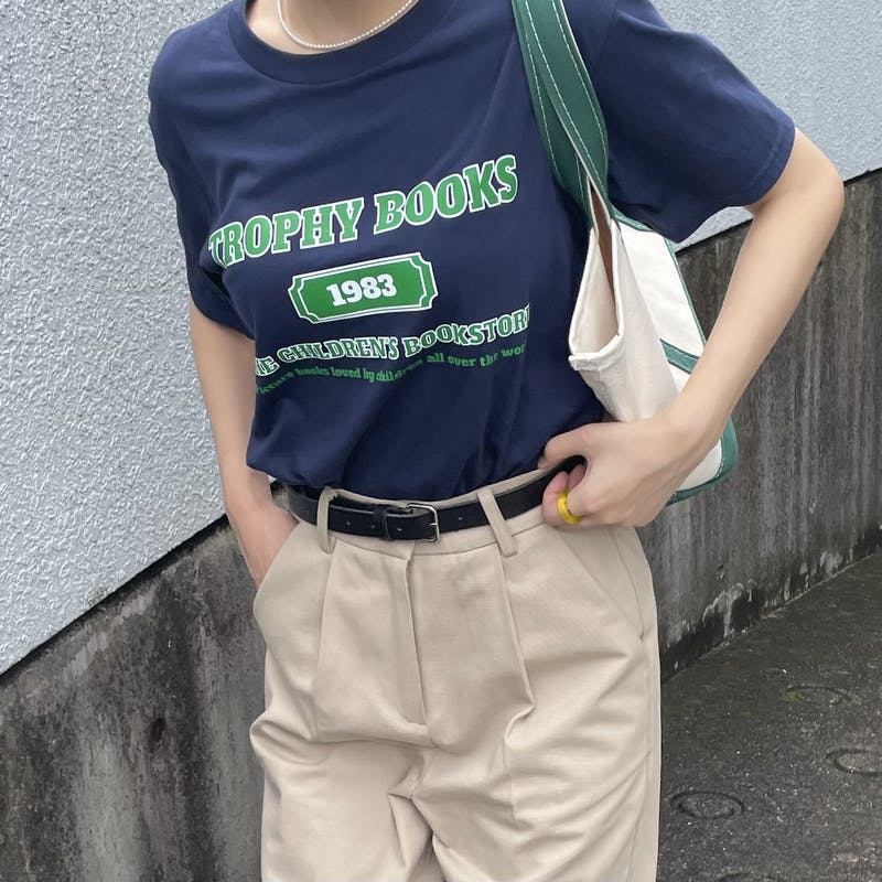 【original】TROPHY BOOKS t-shirtの画像1枚目