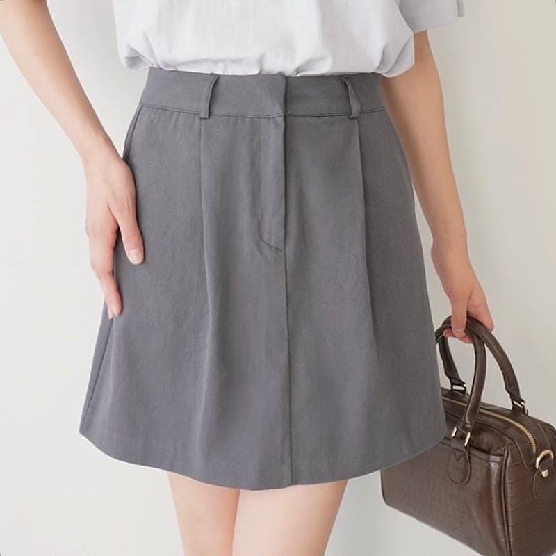 シンプル台形スカートの画像1枚目