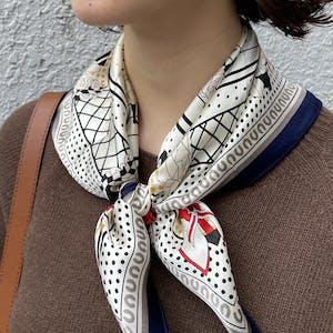like vintage scarf